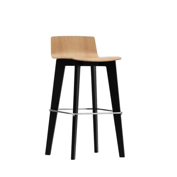 scaun inalt din lemn
