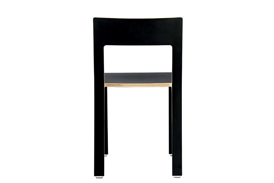scaun placaj negru