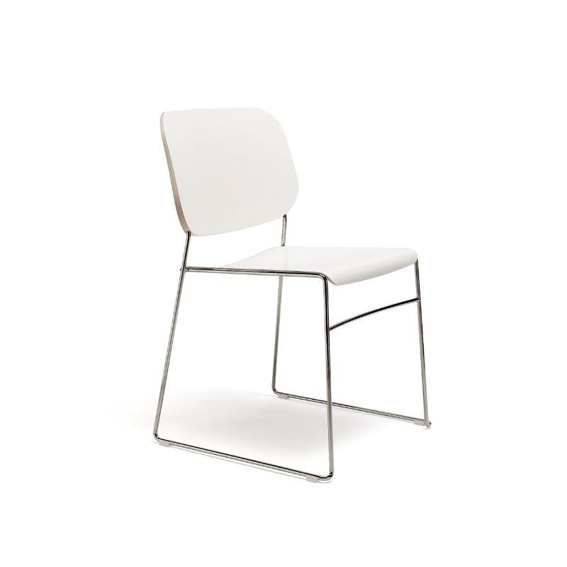 scaun horeca stivuibil