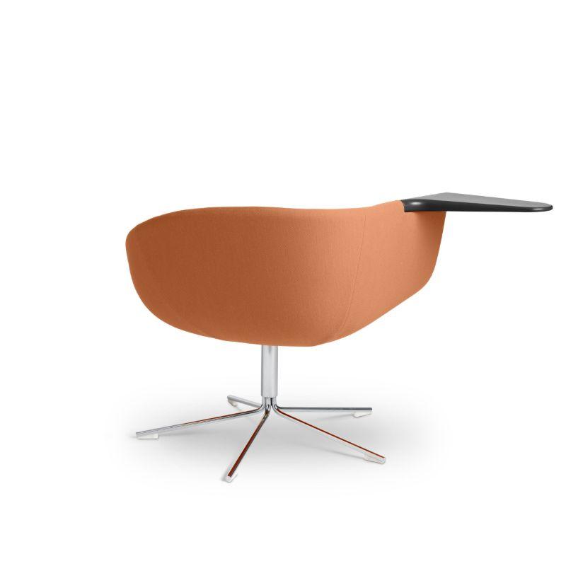 mobilier lounge in forma de scoica